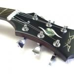 Crushing Caspars Gitarre 3