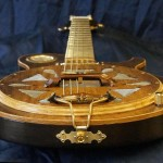 05 Andy M - Resonator Gitarre Saitenhalteransicht