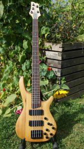 5-saiter-bass-uwe-beger-16-bass-4
