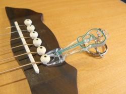 Bridge Pin Puller für Akustikgitarren / Schlüsselanhänger