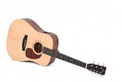 Western-Gitarre Sigma DM7E 7-Saiter mit Pickup