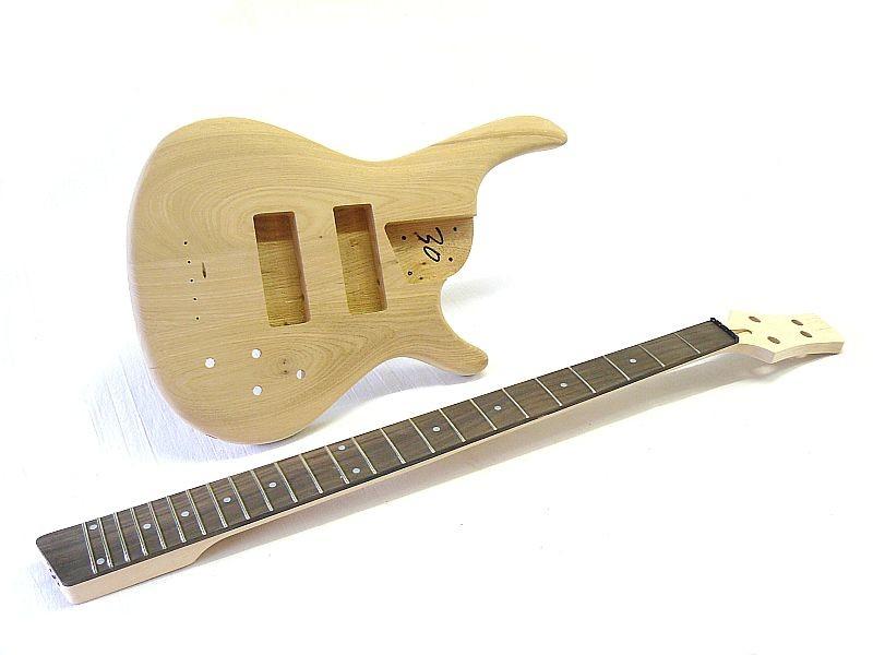 E-Bass Bausatz Guitar Kit Iban SR Style 4 Saiter Esche